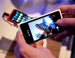 Nokia-lumia-800-con-windows-phone-7